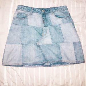 Forever 21 denim skirt size 4